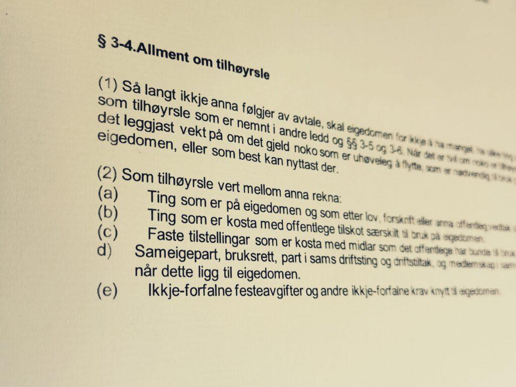 Avhendingsloven paragraf 3-4 med lovkommentar
